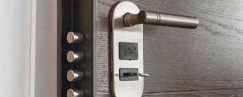 Prefer and get the suitable locksmith service
